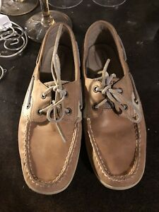 FAIRLY NEW SPERRY SHOES