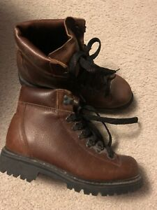 Hikeing Boots