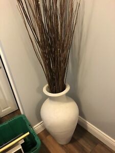 Indoor white/grey pot and branches