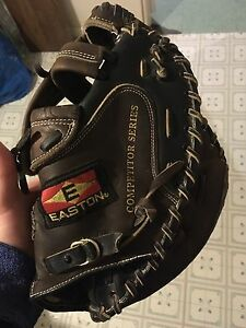 Easton trapper ball glove