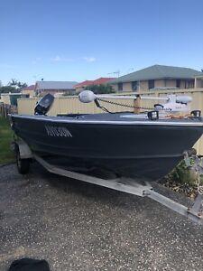 Quintrex 5m aluminium boat