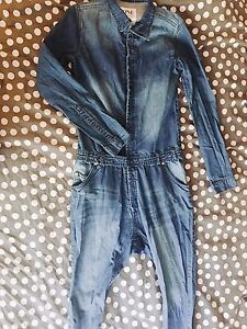 Jumpsuit size small never worn