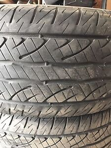 Used Dunlop truck tires 275/55 R20