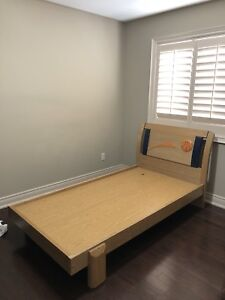 TWIN SIZE BOYS BED (like new)