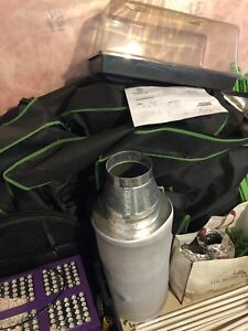 Complete 6x6 grow tent (need gone ASAP)