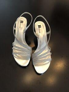 Belles sandales Browns - argent