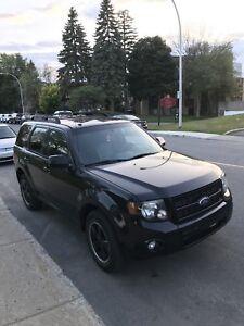 FORD ESCAPE AWD 2010 3.0