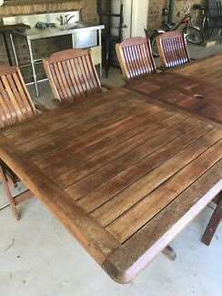 Outdoor Timber Extension Table