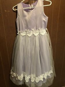 Size 6 purple elegant girls dress