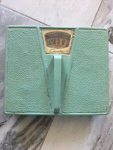 70's Style Bathroom Scale For Sale