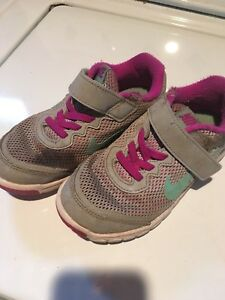 Girls Nikes