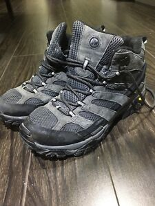 Men's Hiking Boots - Waterproof
