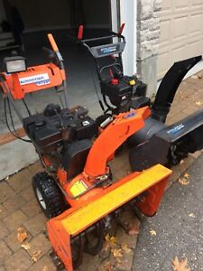 "Husqvarna 9HP/26"" & Murray 8HP/24 start in one pull"