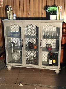 Antique refinished hutch/display cabinet
