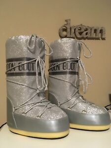 Sparkly silver women's winter boots