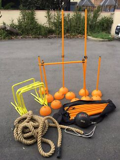 Outdoor fitness set (hurdles and rope)