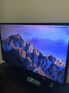 "Samsung 40"" 1080p LED tv - works like new"
