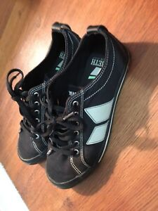 Macbeth Eliot vegan shoes