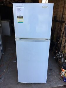 Rank Arena 310L Fridge/ Freezer Kellyville The Hills District Preview