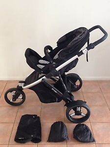 Strider Plus Three Wheel Pram Bray Park Pine Rivers Area Preview