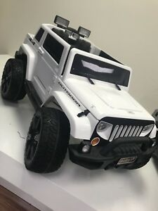 RIDE ON JEEP FOR KIDS COME WITH REMOTE CONTROL FOR ONLY 399!!!!