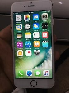 Unlocked iPhone 6S 16gb Gold Hillside Melton Area Preview