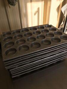 Large cupcake trays