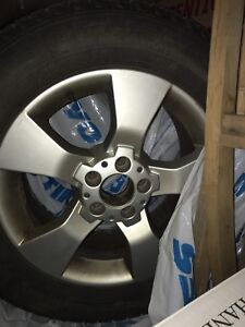 Michelin Tires Ice with rim 235/60R17
