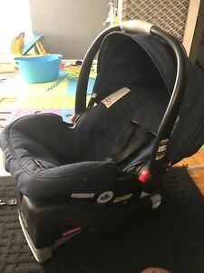 Graco snugride 35 click connect infant car seat