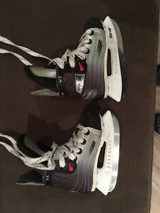 Kids Bauer skates (3-4 year olds)