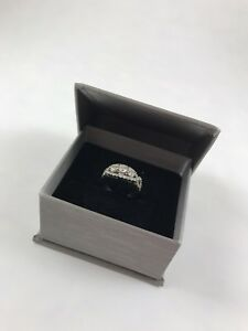 Women's Diamond Ring with 18KT White Gold