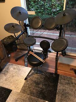 Legacy 9 piece electronic drum kit (with bonuses)