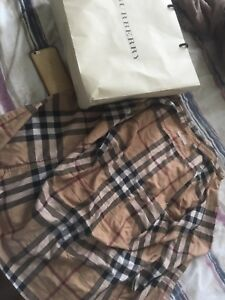 Burberry button up size small