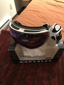 OAKLEY FLIGHT DECK XM SNOW GOGGLES ••NEW••