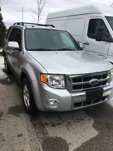 2008 Ford Escape Limited needs repair
