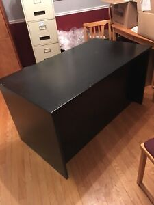 Moving sale ! Large office desk $50 obo
