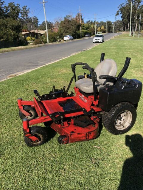 Gravely zero turn mower 48"