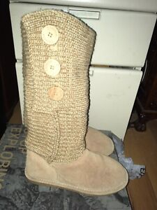 BearPaw Knit Boots Women 7 US Tan Excellent Used Condition