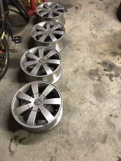 Holden 22inch wheels