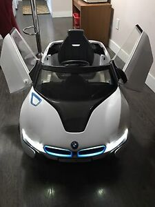 Reduced-BMW i8 like new condition (Toy)