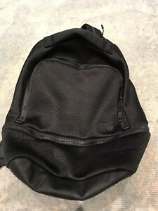 Lulu lemon city adventurer backpack 17L