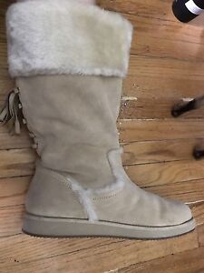 Guess Winter Boots - Size 7/8