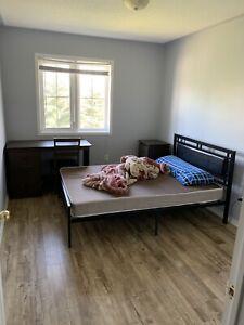 find local room rental roommates in oshawa durham region rh kijiji ca