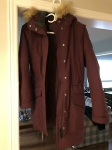 Roots winter jacket - small