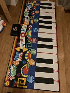 Large step and play piano