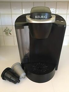 Keurig K50 Classic (comes with reusable filter)