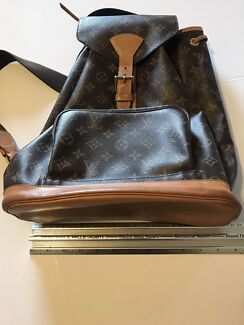 Wanted: Bag pack Louis Vuitton Monogram