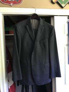 Men's 2pc Dark Blue Suit 44R