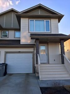 Looking for two roommates to move in asap, Stony Plain