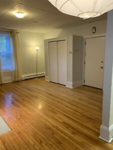 Bachelor Apartment - South End Halifax - NO PARKING